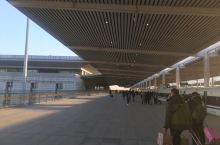 邯郸高铁站 可能是小年前一天的原因,人非常多。