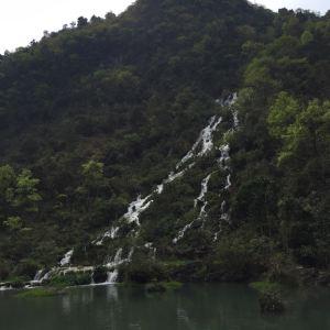 拉雅瀑布旅游景点攻略图
