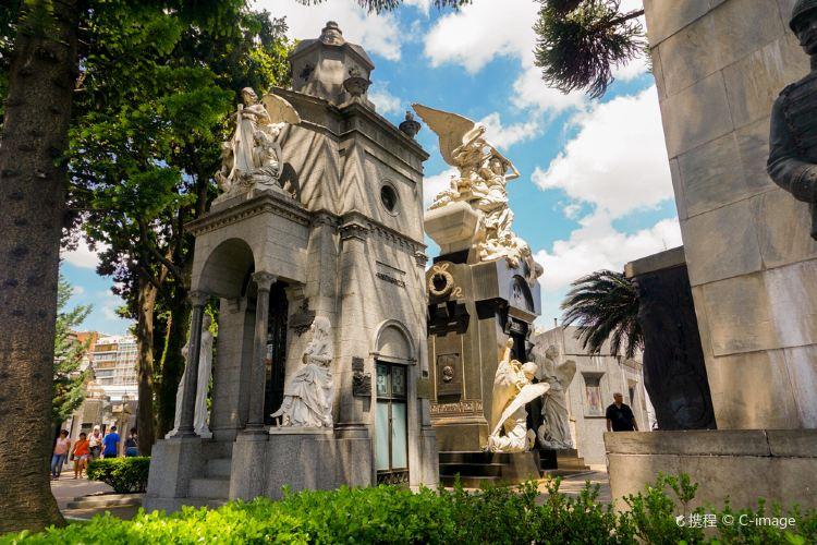 Recoleta Cemetery2