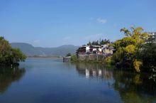 极边之城——腾冲和顺古镇(三)          和顺古镇也是美丽的,宽阔的大月台,苍虬的古樟树,古