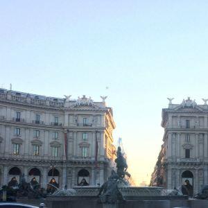 皇家广场旅游景点攻略图