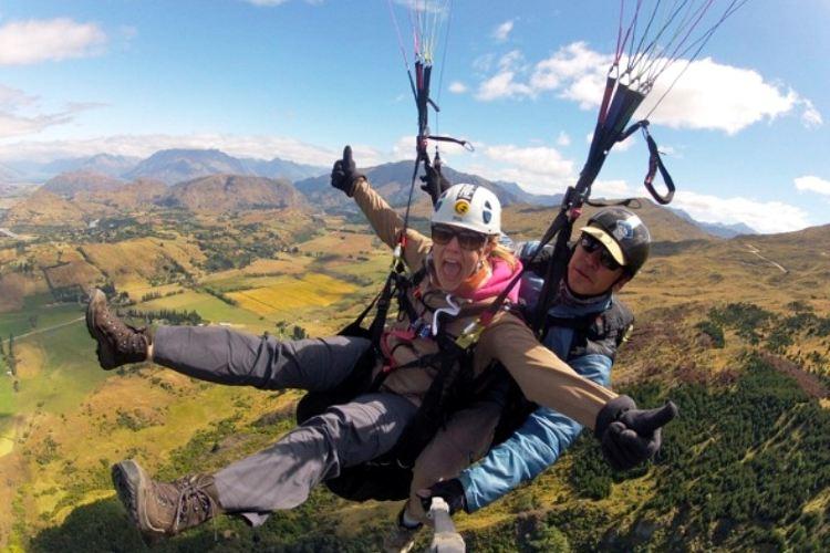 Coronet Peak Paragliding1