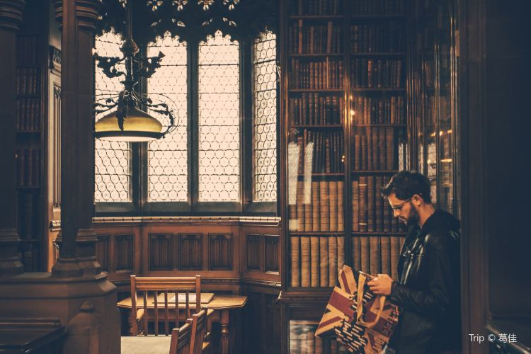 The John Rylands Library3
