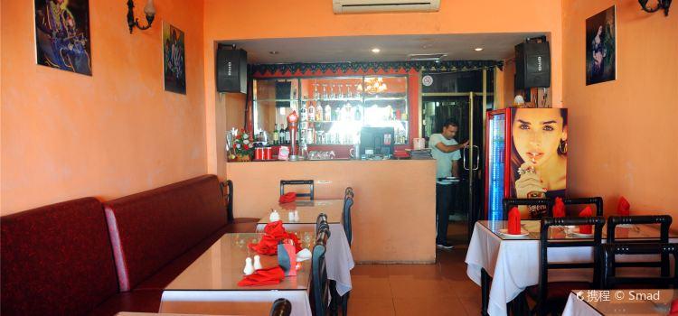 New Delhi Indian Restaurant2