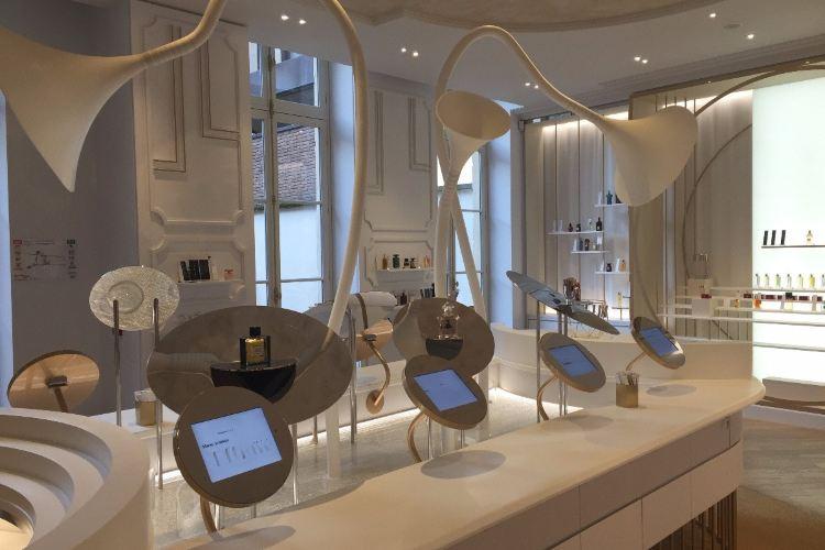Le Grand Musee du Parfum1