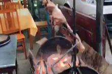 巴马长寿村烤香猪