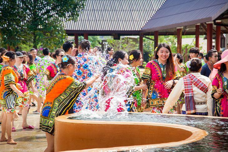 Thai Thani Arts & Culture Village2