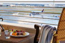 想躺在床上看飞机?这13家酒店给你最好的机场视野