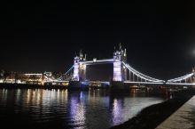 夜色下的伦敦桥