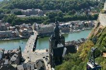 随手拍(比利时) 比利时亦是别样风情,哥特式建筑的轮廓,钟楼,马车,弥漫着浓浓的悠闲,静谧气息。