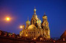 乘坐游船 夜游圣彼得堡