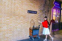 跟着电影去旅行   《哈利波特》取景地9¾站台
