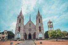超美的海边哥特式教堂