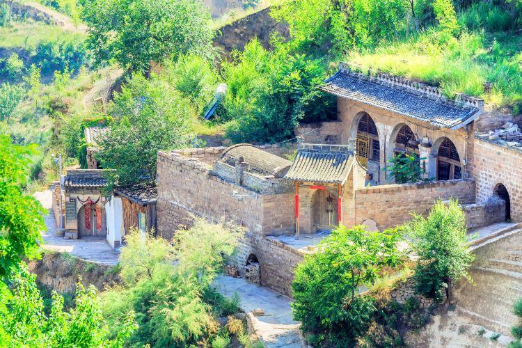 Qianlijia Mountain