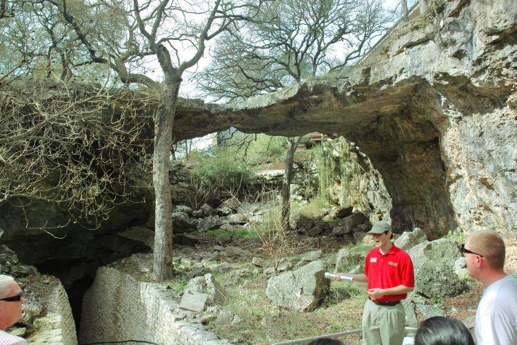 Natural Bridge Caverns2