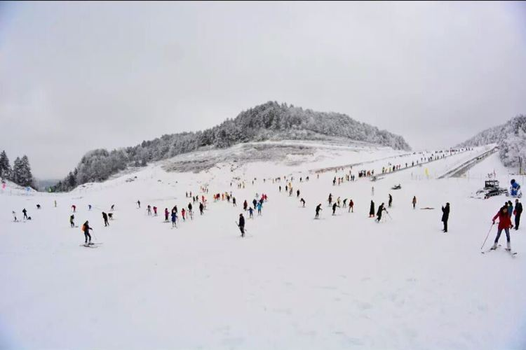 Zengjiashan Ski Resort1