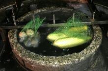 台湾绿岛的朝日温泉可以当大火锅用,汤还是天然咸的,真是有好吃
