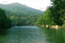 清 山绿水
