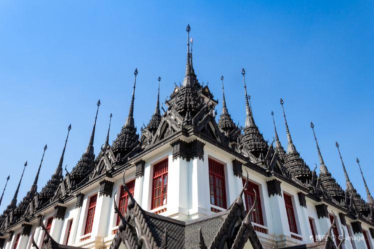 Wat Ratchanatdaram Woravihara (Loha Prasat)3