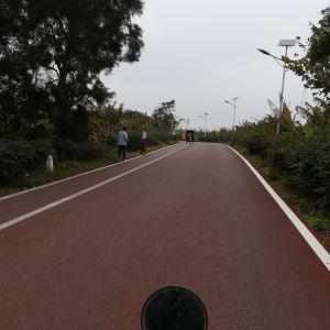 彩色公路旅游景点攻略图