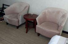 精致的酒店小房间