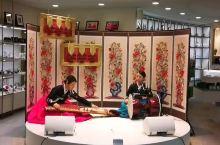 韩国首尔仁川机场传统乐器表演