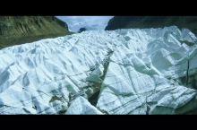 曲登尼玛--可以亲手抚摸的冰川