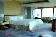 出走上海。极度方便景观很美的静安香格里拉大酒店