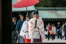 神社里的日式婚礼