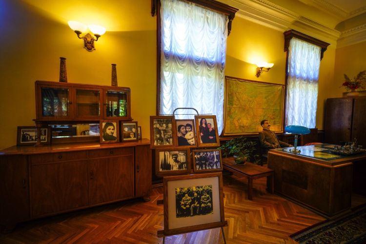 Stalin's Villa in Sochi4