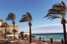 想拥有最佳的出海体验吗?  闲散度假 尼斯是个生活节奏不是很快的城市,再加上风土人情的吸引,义无反顾