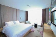 值得一去的酒店——麗枫酒店(宜昌火车东站店)  酒店环境很安静,入门有自动打开窗帘,洗澡的时还可以享