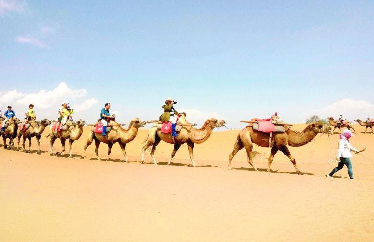 허우톈사막