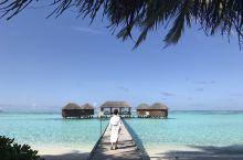 蓝天清海中做个精油香薰按摩疗程,顿时减去一身的疲惫和烦恼。