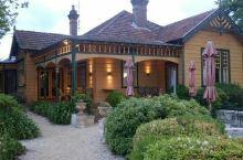 古樸的莊園餐廳.....