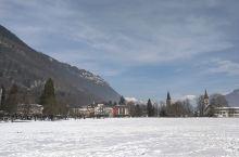 因特拉肯,雪中漫步