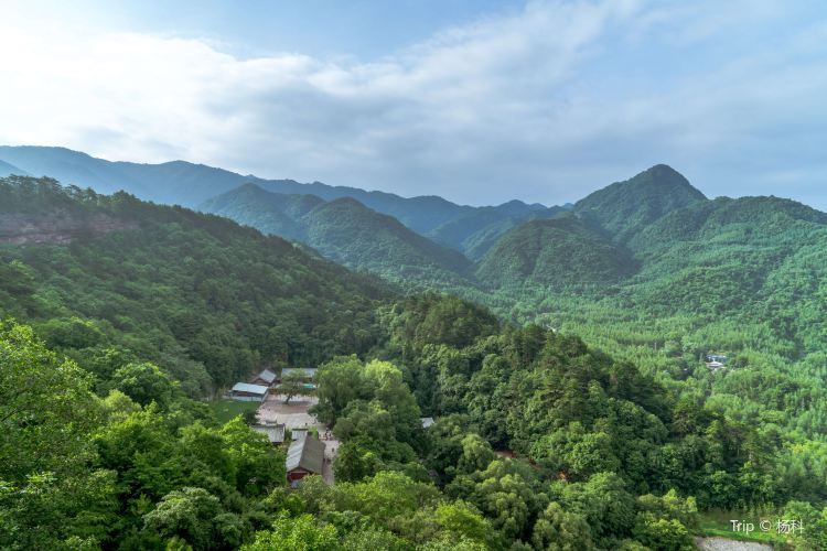 Maiji Mountain Scenic Area2