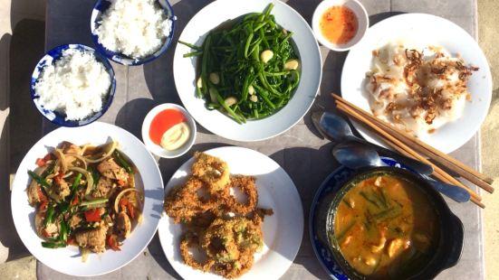 An Bang Beach Village Restaurant