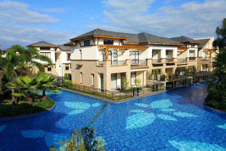 Baodun Lake Hushan Hot Spring Resort1