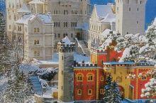 新天鹅城堡是德国的象征,由于是迪斯尼城堡的原型,也有人
