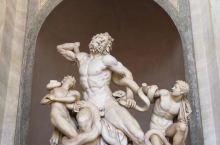意大利博洛尼亚观艺术品品美食