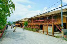 中缅边境,边寨喊沙,一个傣族的村寨