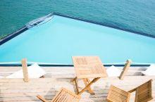 荧光海滩边的悬崖泳池!浙江小岛私藏最美东海,带你去孤悬的世外花园!