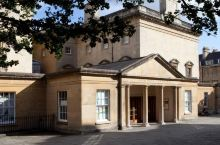 观展+Cosplay+下午茶 在英国这个博物馆待上一天!