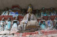 走遍中国-重庆-大足石刻(海量图片) 大足石刻位于重庆市大足区境内,是唐末、宋初时期宗教摩崖石刻,以