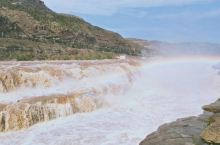 山西壶口瀑布,值得去的地方,瀑布加彩虹,美👍👍👍