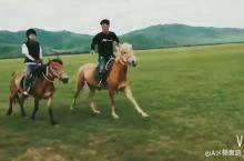 呼伦贝尔大草原!骑马我是专业的!!