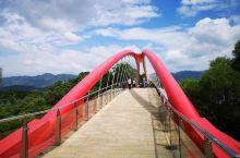 福州金鸡山公园 金鸡山公园鸡群雕像 颜值超高的金鸡山公园飞虹桥 金鸡山公园,是福州市区依山而建的大型
