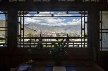 藏式风情浓厚的拉萨松赞曲吉林卡酒店