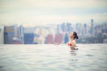 滨海湾金沙无边界泳池
